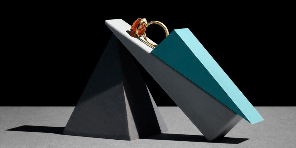 Ring 750/... Gold, Spessartin mit natürlichen und Unbehandelten Kristallflächen